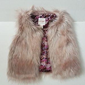 Cat and Jack Faux Fur Vest 6/6x